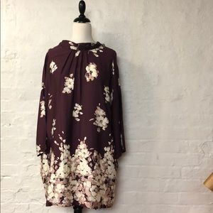 Dresses & Skirts - Burgundy floral dress or tunic - NWOT